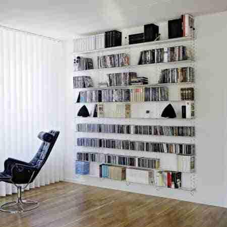 C mo ordenar una estanter a de libros bricoinventos for Como disenar una estanteria