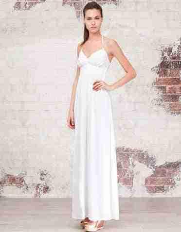 Cómo Combinar Un Vestido Blanco De Maneras Diferentes
