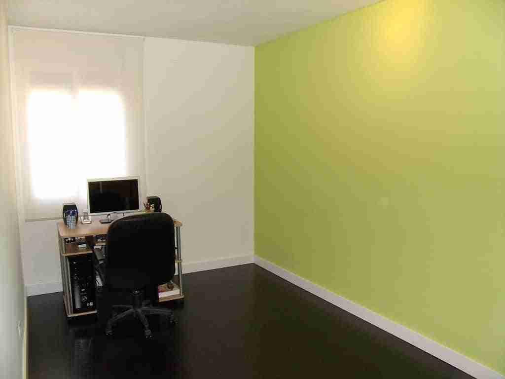 C mo quitar el estucado de la pared bricoinventos - Quitar las humedades en las paredes ...