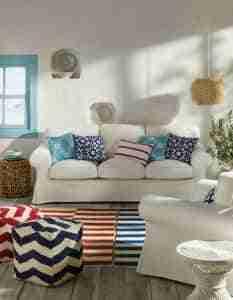 tendencia decoracion mediterraneo - sofa y estampados