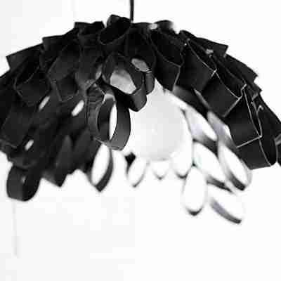 Aprende a hacer una lámpara con rollos de papel higiénico