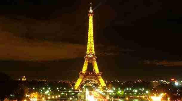 torre-eiffell-noche-paris